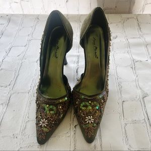 """[Anne Michelle] """"Fuel-57"""" olive green beaded heels"""